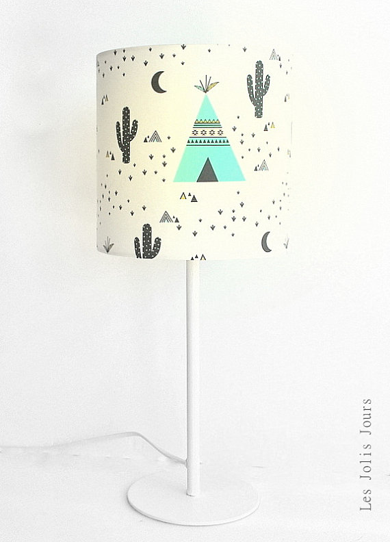 lampe enfant motif tipis et cactus