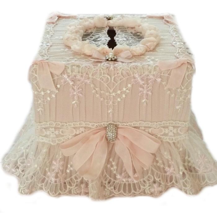 boîte à mouchoir bohème chic à perles