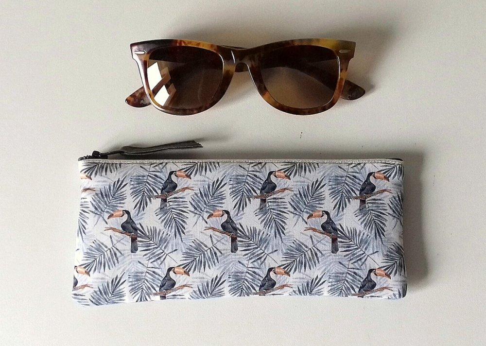 joli étui à lunettes tropicale