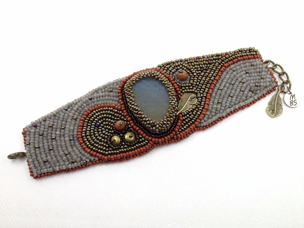 bracelet ethnique en pierre semi précieuse boho